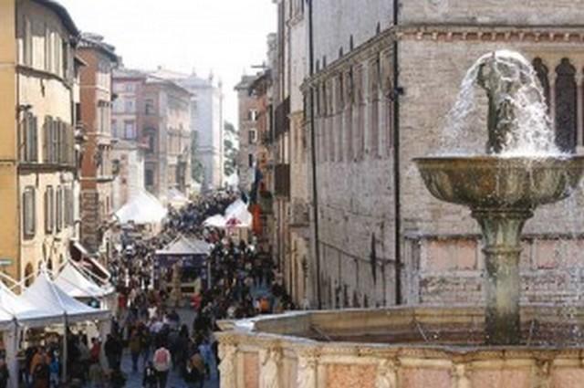 Perugia green days fil rouge umbria eventi concerti e for Arredare milano piazza iv novembre