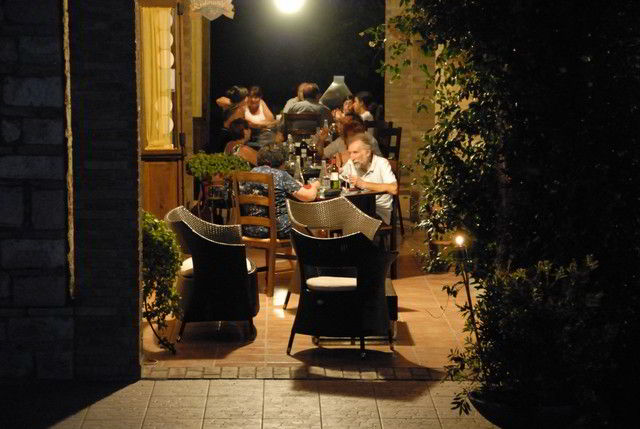 La buona tavola come a casa la magia del natale ad assisi - Il giardino dei ciliegi assisi ...