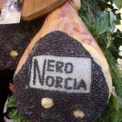 Nero Norcia (2)