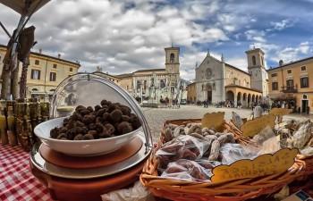 Nero Norcia - Fabrizio-Filippini_Sacro_e_profano