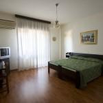 Camera Hotel con tv Melody Deruta