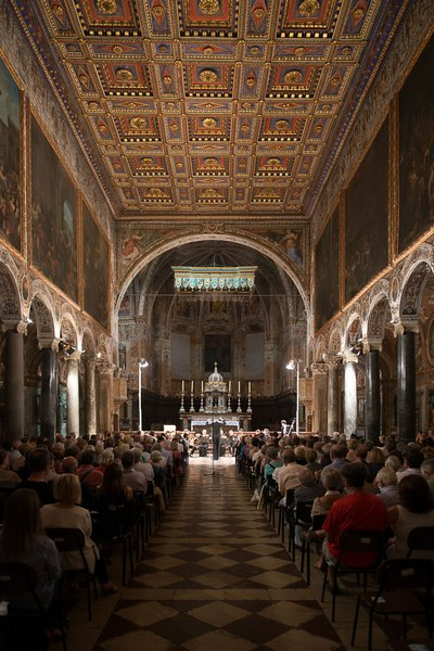 un concerto TMF alla Basilica di San Pietro a Perugia