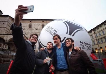 Pallone in Centro selfie Pardo