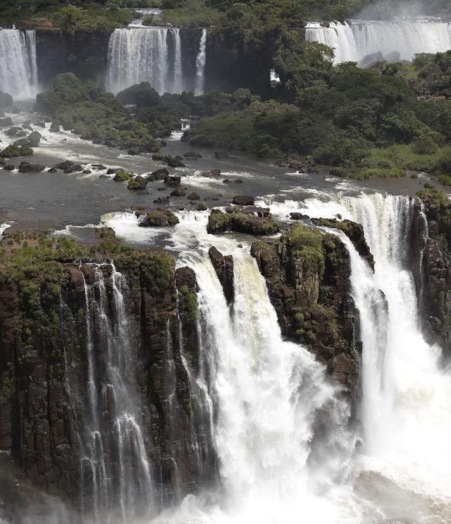 cascate-de-iguazu-argentina-stampa-su-tessuto-pearl-180x209-15-bassa-definizione