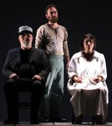 """Moni Ovadia in """"Il Casellante"""" al Teatro Morlacchi di Perugia"""