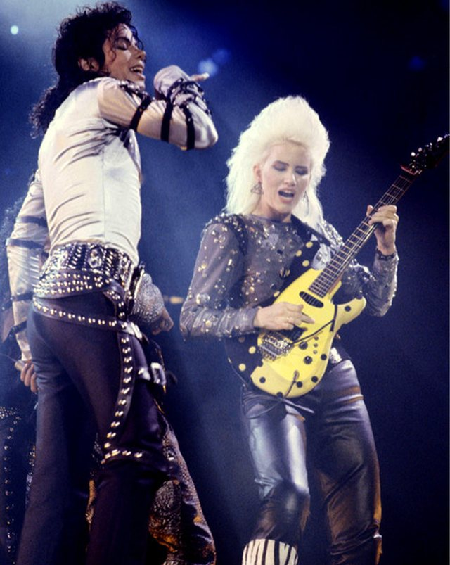 Jennifer Batten con Michael Jackson