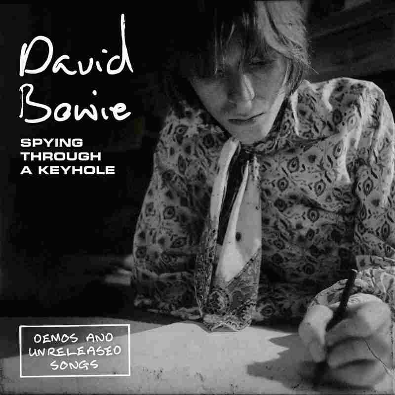 Cover David Bowie SPYING THROUGH A KEYHOLE
