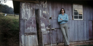 James Taylor - TheFarm -Dec 13 1969 ©HenryDiltz